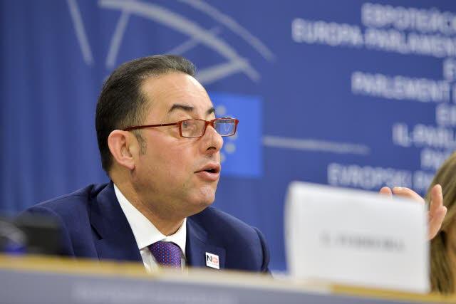 Υποψήφιος ο Πιτέλλα για την προεδρία του Ευρωπαϊκού Κοινοβουλίου