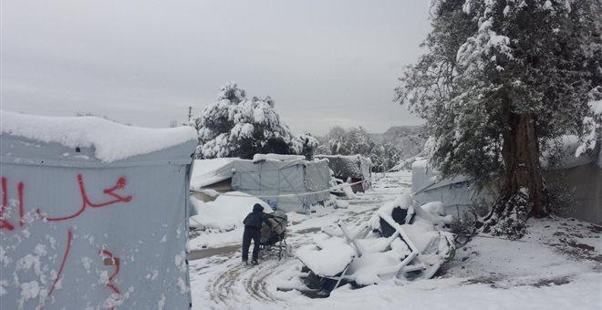Κομισιόν: Ανεπαρκής η κατάσταση στα κέντρα προσφύγων στην Ελλάδα