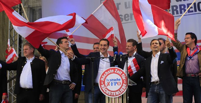 Αυστρία: Ένας στους δύο θέλει την ακροδεξιά κυβερνητικό εταίρο