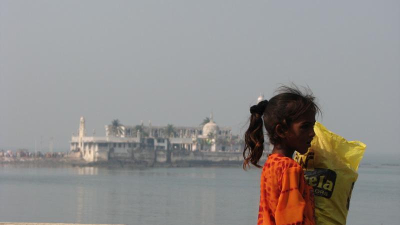 Oxfam: Άνοιγμα στην ψαλίδα της παγκόσμιας ανισότητας το 2016