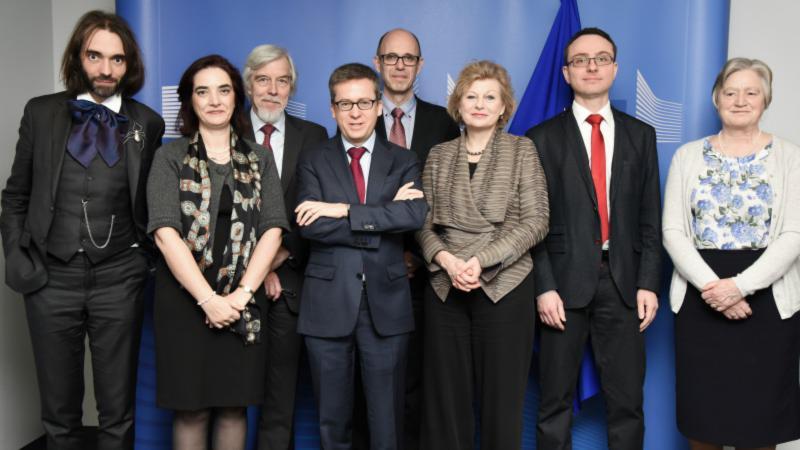 Η ΕΕ απαντά στη «post-truth» παραπληροφόρηση